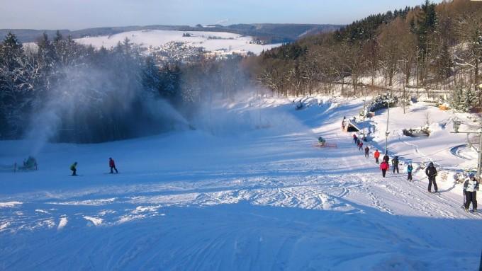 Augustusburg Rosts Wiesen Skihang