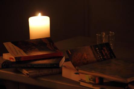 Lesung bei Kerzenschein