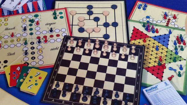 Augustusburg Seniorenstammtisch Spielenachmittag