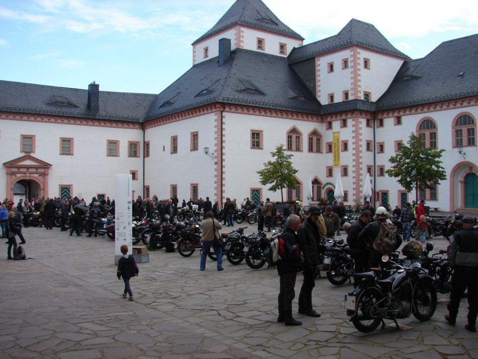 Augustusburg Schloss Oldtimer