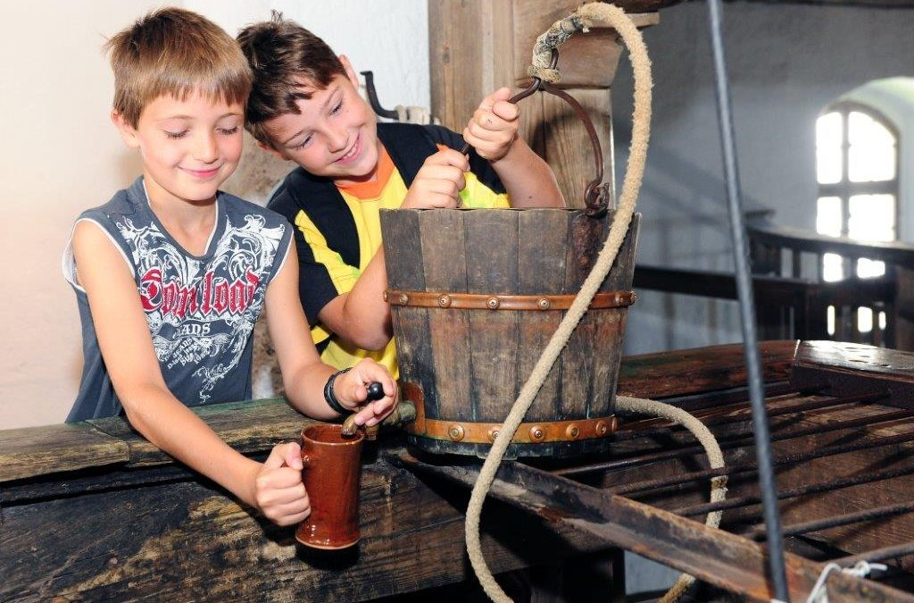 Ferienangebot: Geschichten aus dem Brunnenhaus