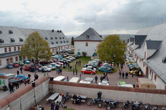 30. Oldtimer-Herbsttreffen auf Schloss Augustusburg